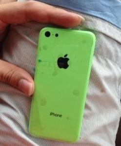 Фото разноцветных корпусов для дешевой версии iPhone